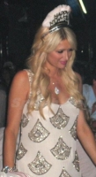 paris-hilton-in-rachel-gilbert-phoebe-dress
